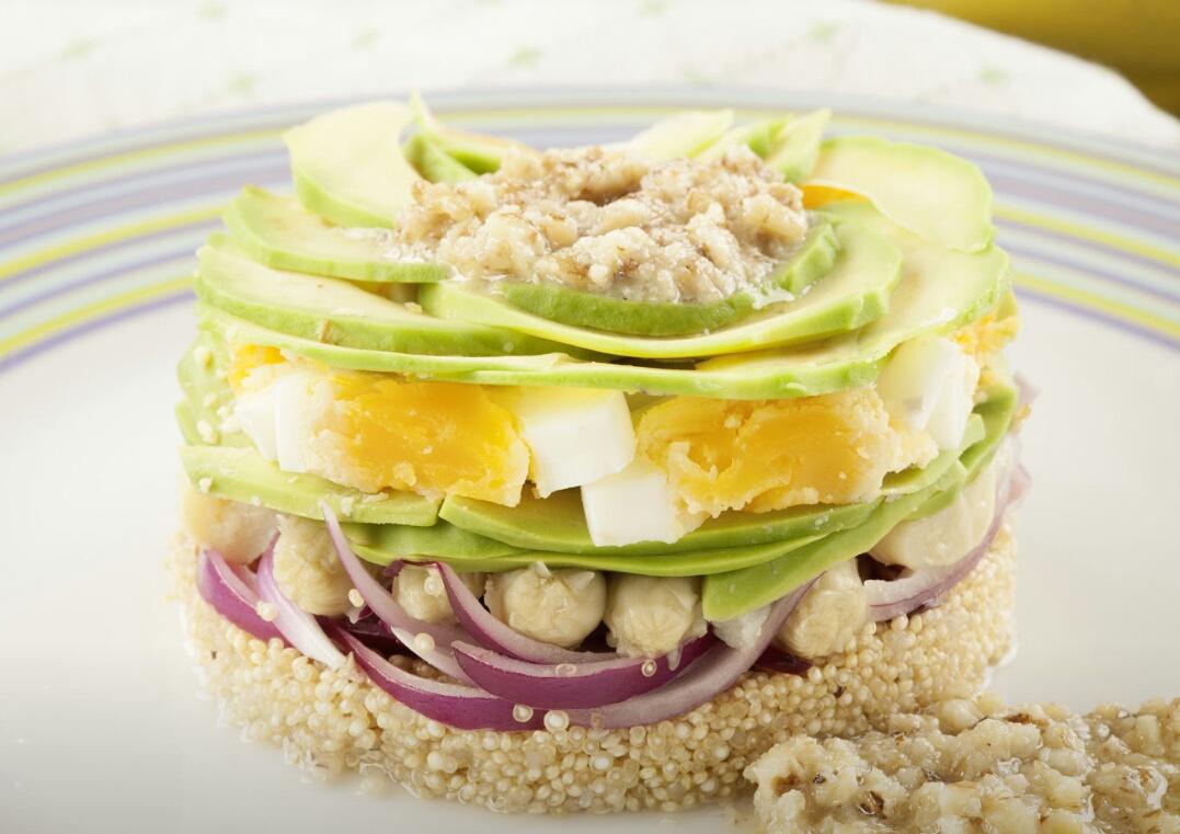 Resultado de imagen de ensalada de quinoa con vinagreta de nueces con thermomix