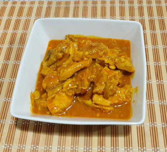 Curry cremoso de pollo (Butter chicken-India)