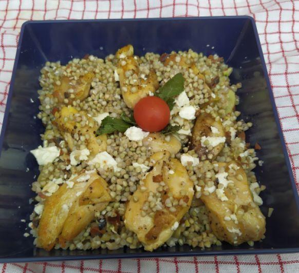 Ensalada de trigo sarraceno con pollo
