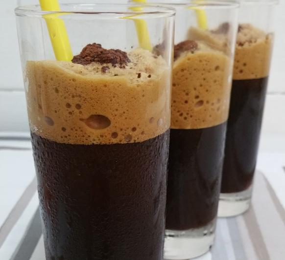 GRANIZADO DE CAFE CAPUCHINO CON ESPUMA, CON Thermomix®