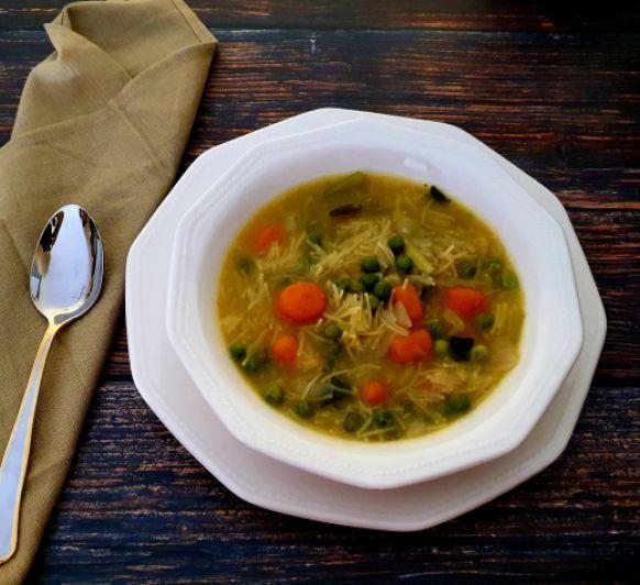 Sopa con tropezones versátil